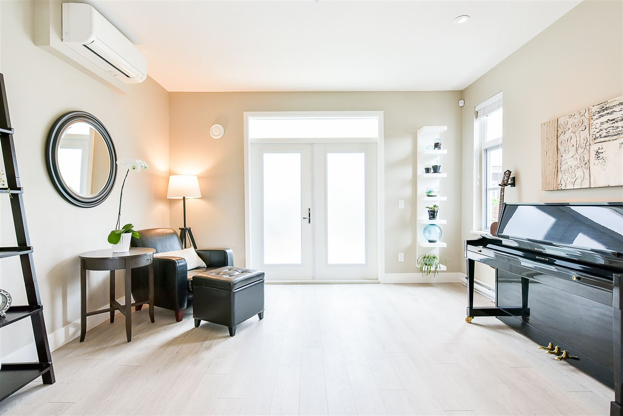 Townhouse at 1 15918 MOUNTAIN VIEW DRIVE, Unit 1, South Surrey White Rock, British Columbia. Image 5