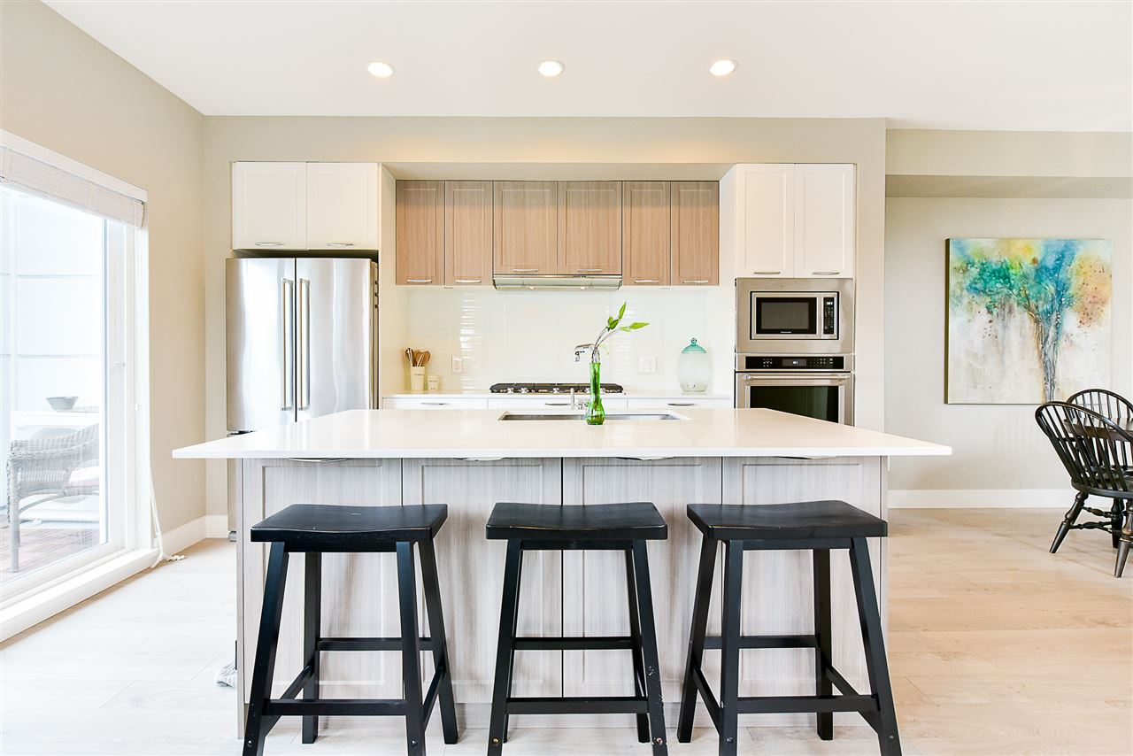Townhouse at 1 15918 MOUNTAIN VIEW DRIVE, Unit 1, South Surrey White Rock, British Columbia. Image 9