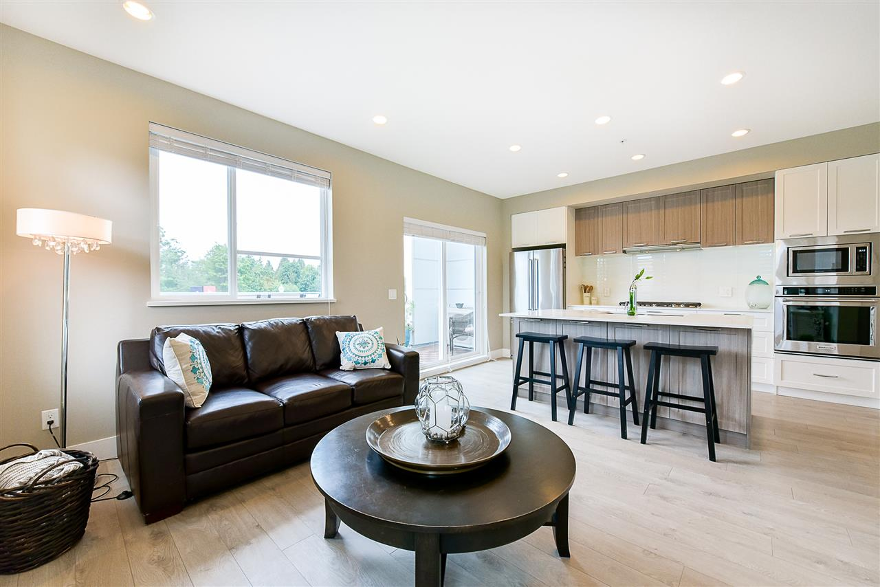 Townhouse at 1 15918 MOUNTAIN VIEW DRIVE, Unit 1, South Surrey White Rock, British Columbia. Image 11