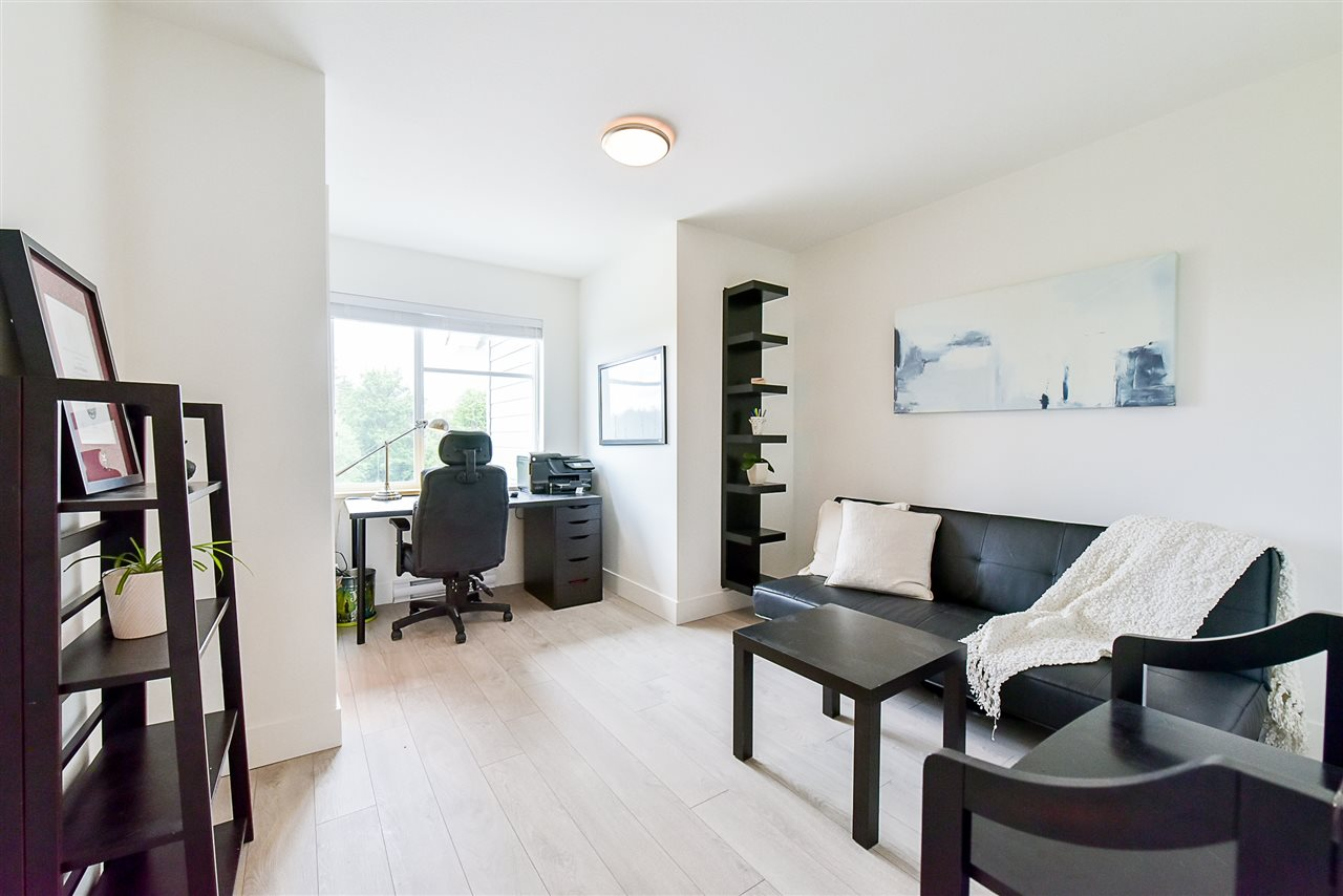 Townhouse at 1 15918 MOUNTAIN VIEW DRIVE, Unit 1, South Surrey White Rock, British Columbia. Image 15