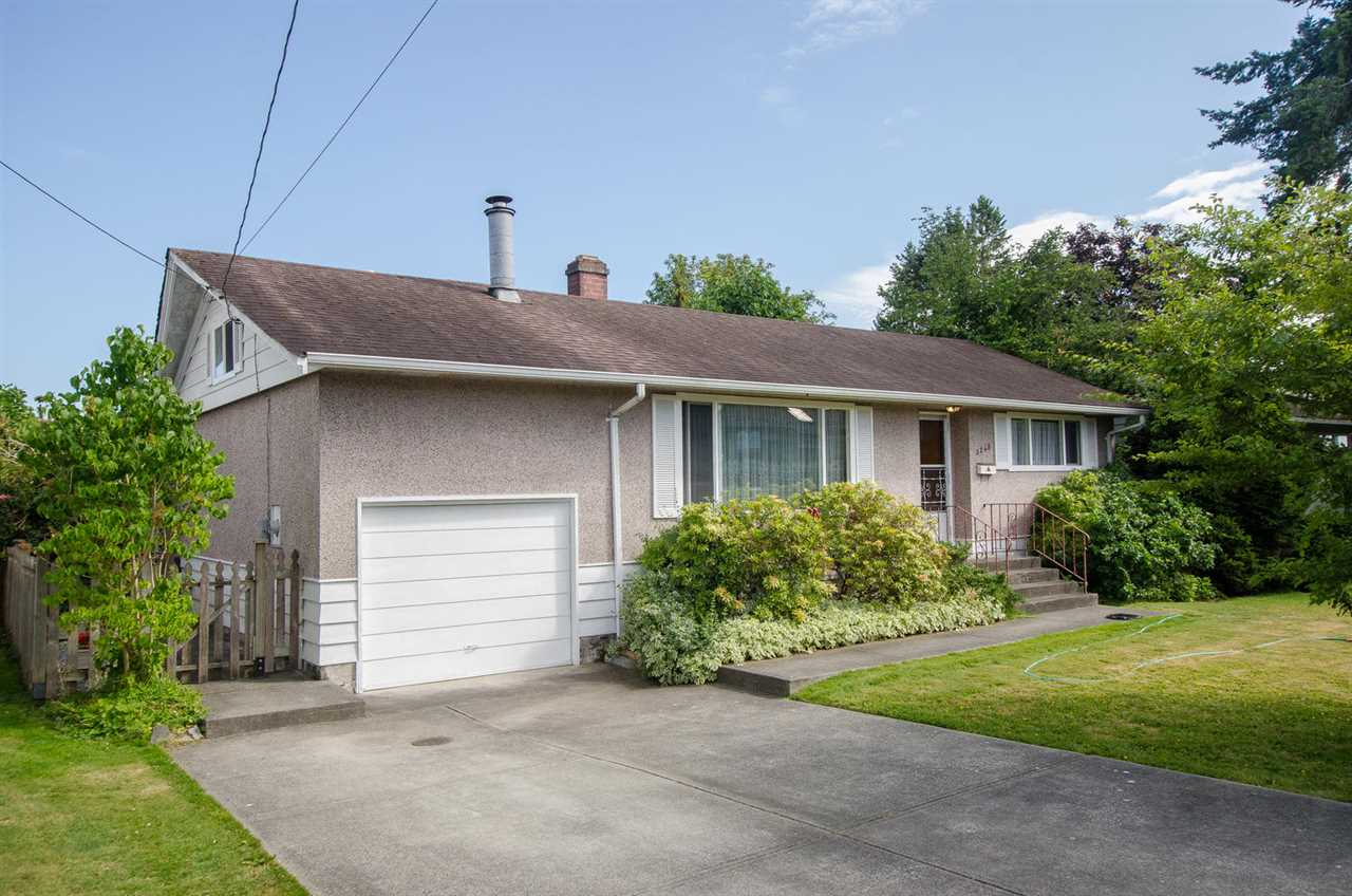 Detached at 5248 CENTRAL AVENUE, Ladner, British Columbia. Image 2