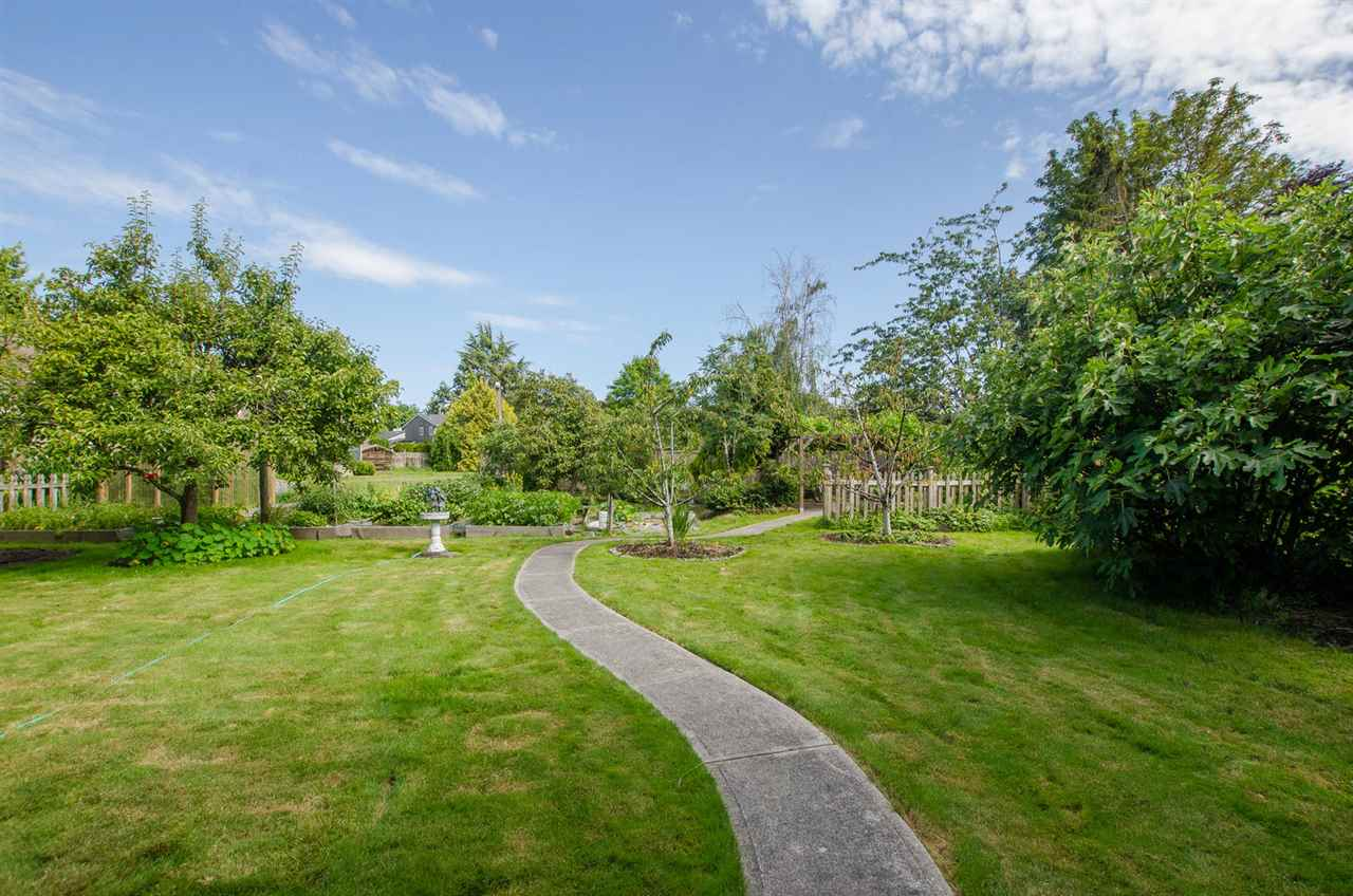Detached at 5248 CENTRAL AVENUE, Ladner, British Columbia. Image 13