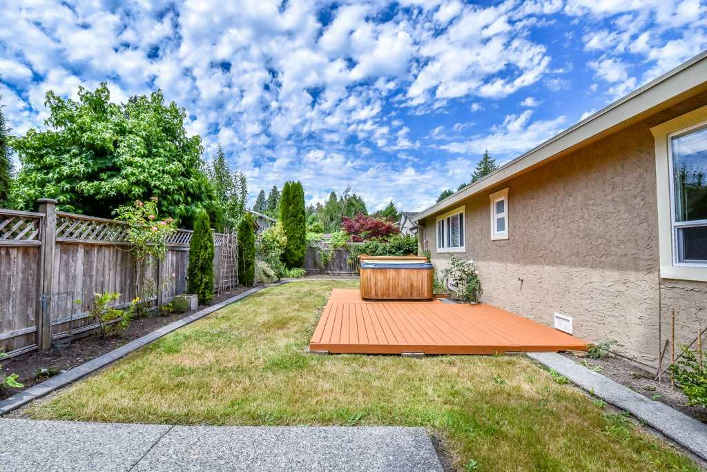 Detached at 1613 142 STREET, South Surrey White Rock, British Columbia. Image 17