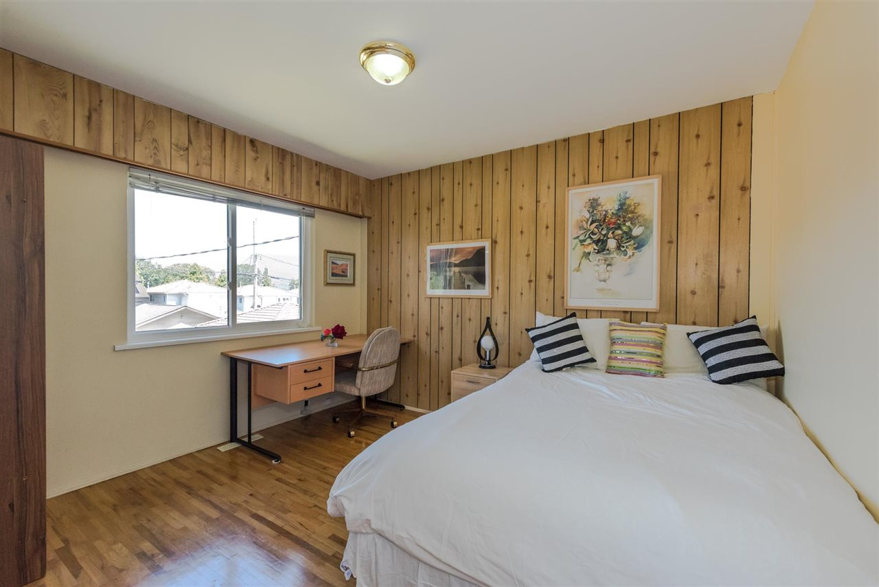 Detached at 2735 OXFORD STREET, Vancouver East, British Columbia. Image 10