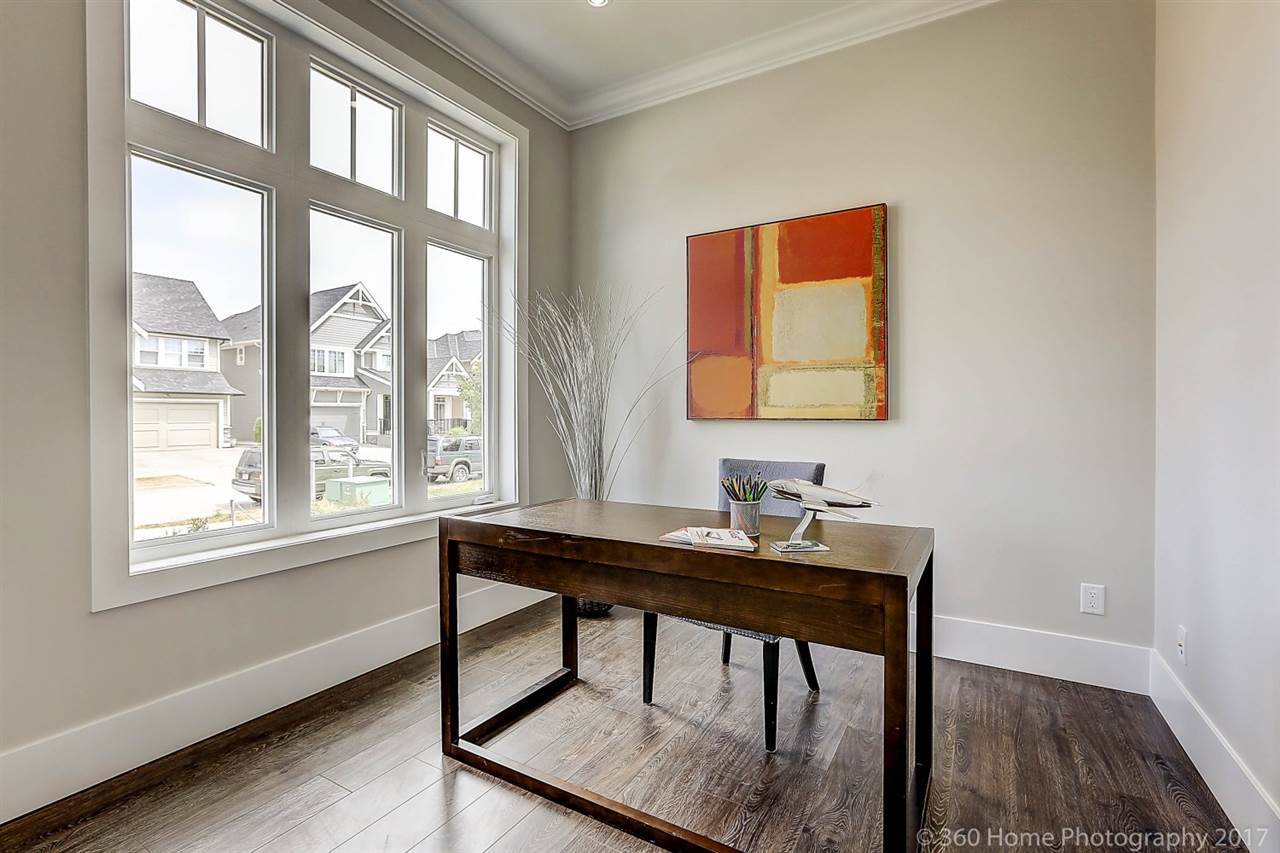 Detached at 17298 0A AVENUE, South Surrey White Rock, British Columbia. Image 8