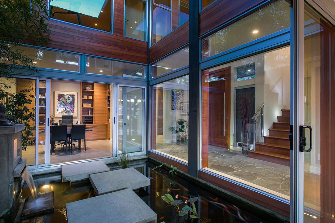 Detached at 24 BRUNSWICK BEACH ROAD, West Vancouver, British Columbia. Image 11