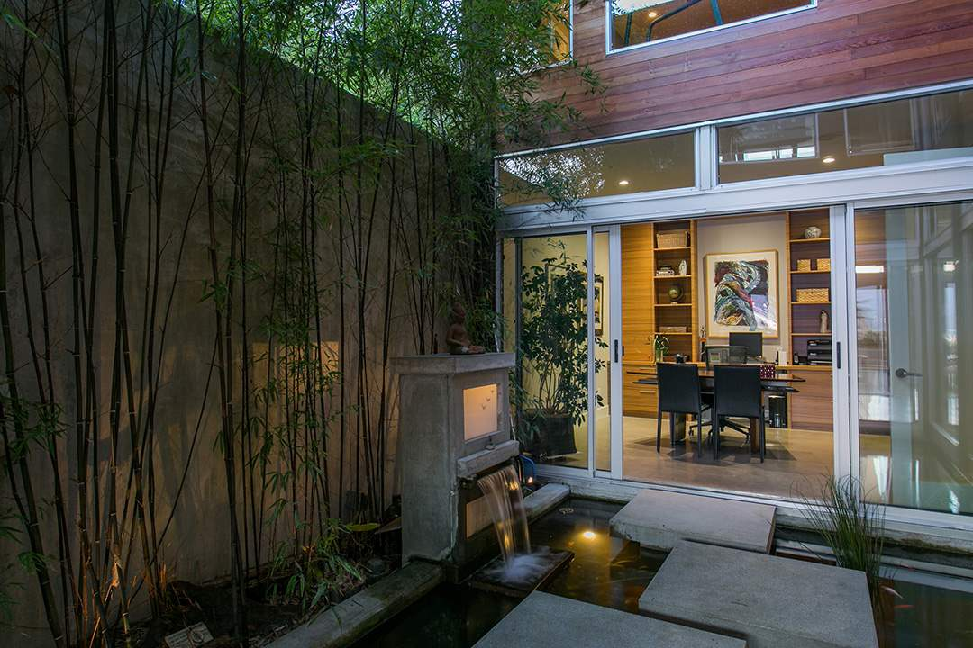 Detached at 24 BRUNSWICK BEACH ROAD, West Vancouver, British Columbia. Image 12