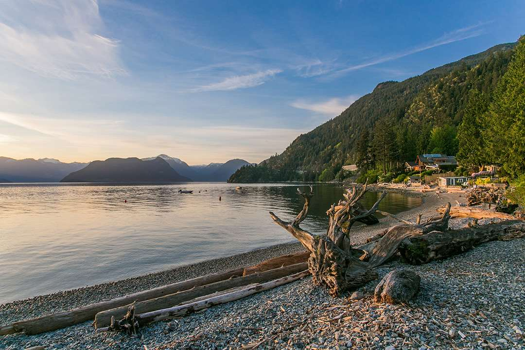 Detached at 24 BRUNSWICK BEACH ROAD, West Vancouver, British Columbia. Image 19