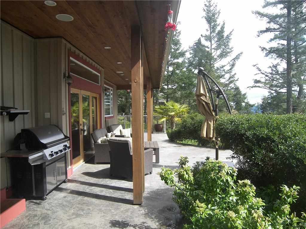 Detached at 290 CANVASBACK PLACE, Islands-Van. & Gulf, British Columbia. Image 11