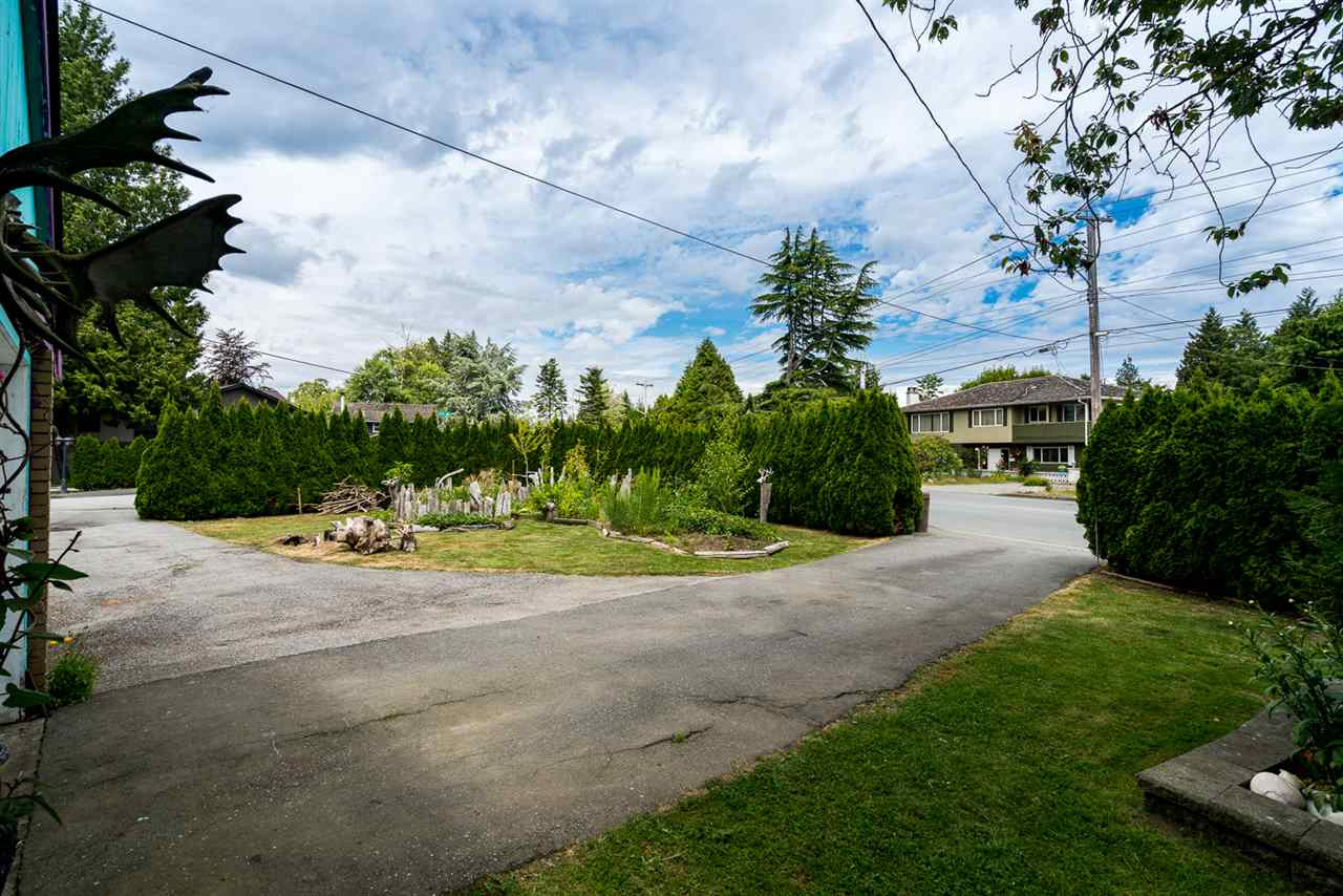 Detached at 973 53A STREET, Tsawwassen, British Columbia. Image 7
