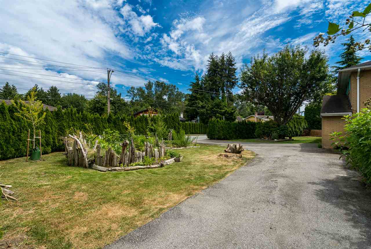 Detached at 973 53A STREET, Tsawwassen, British Columbia. Image 9