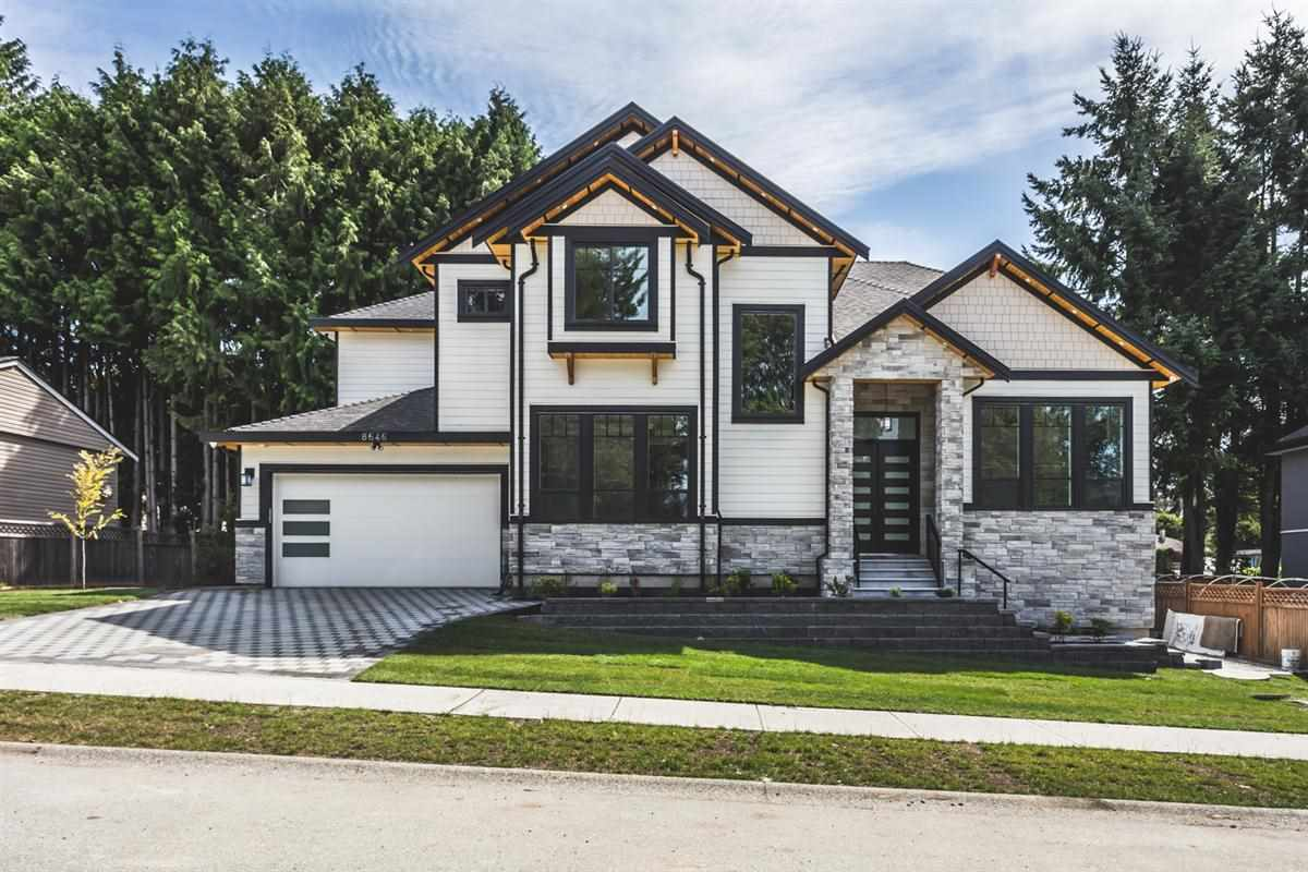 Detached at 8646 154A STREET, Surrey, British Columbia. Image 1