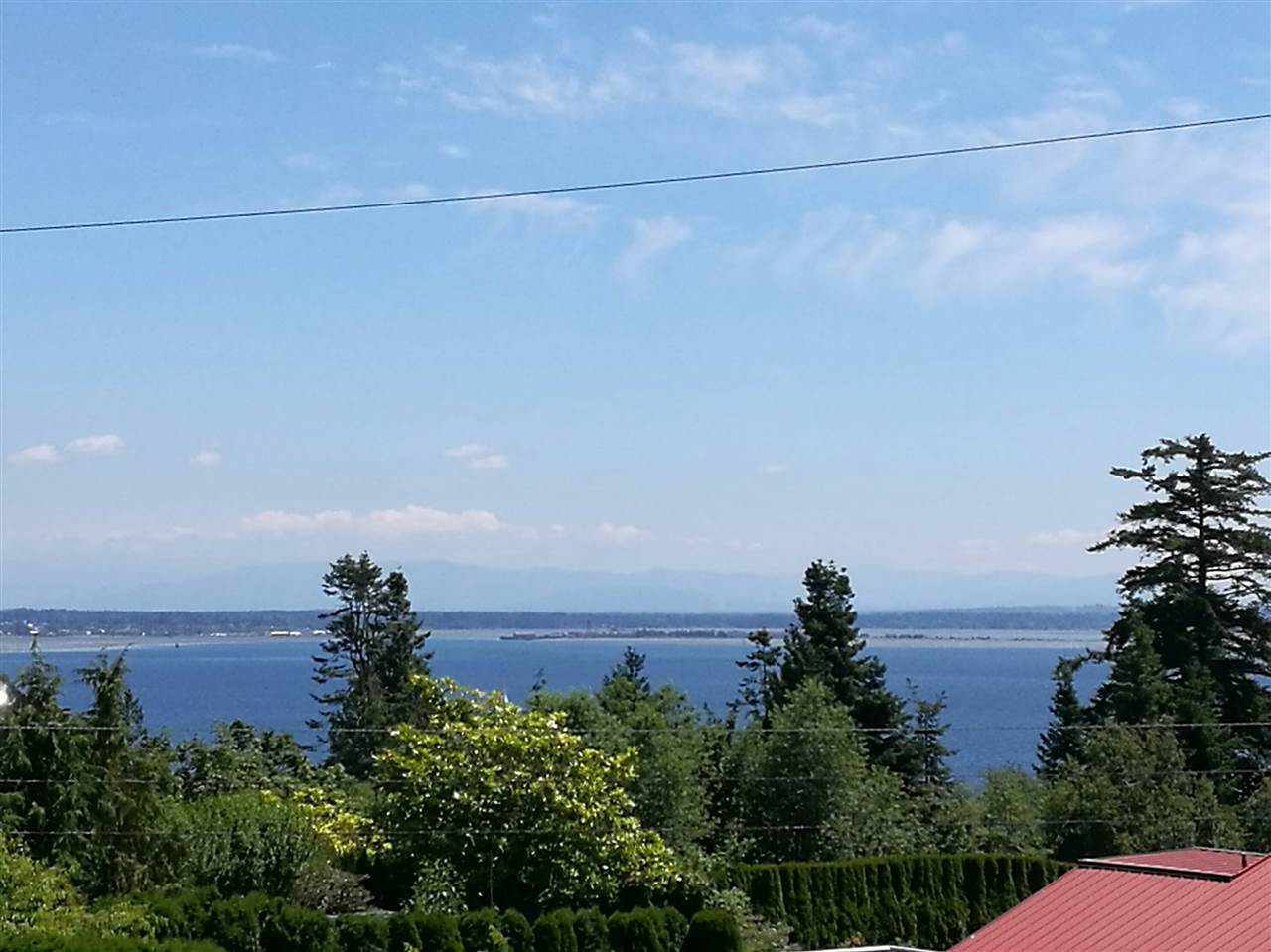 Detached at 13567 13A AVENUE, South Surrey White Rock, British Columbia. Image 2