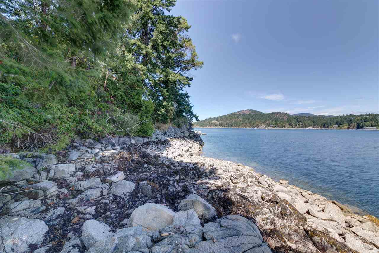 Detached at 13038 HASSAN ROAD, Sunshine Coast, British Columbia. Image 4