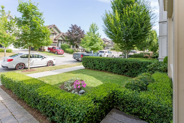 Detached at 3427 ROSEMARY HEIGHTS DRIVE, South Surrey White Rock, British Columbia. Image 3