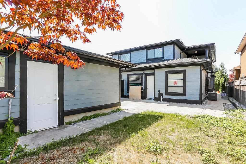 Half-duplex at 6681 DUNNEDIN STREET, Burnaby North, British Columbia. Image 18
