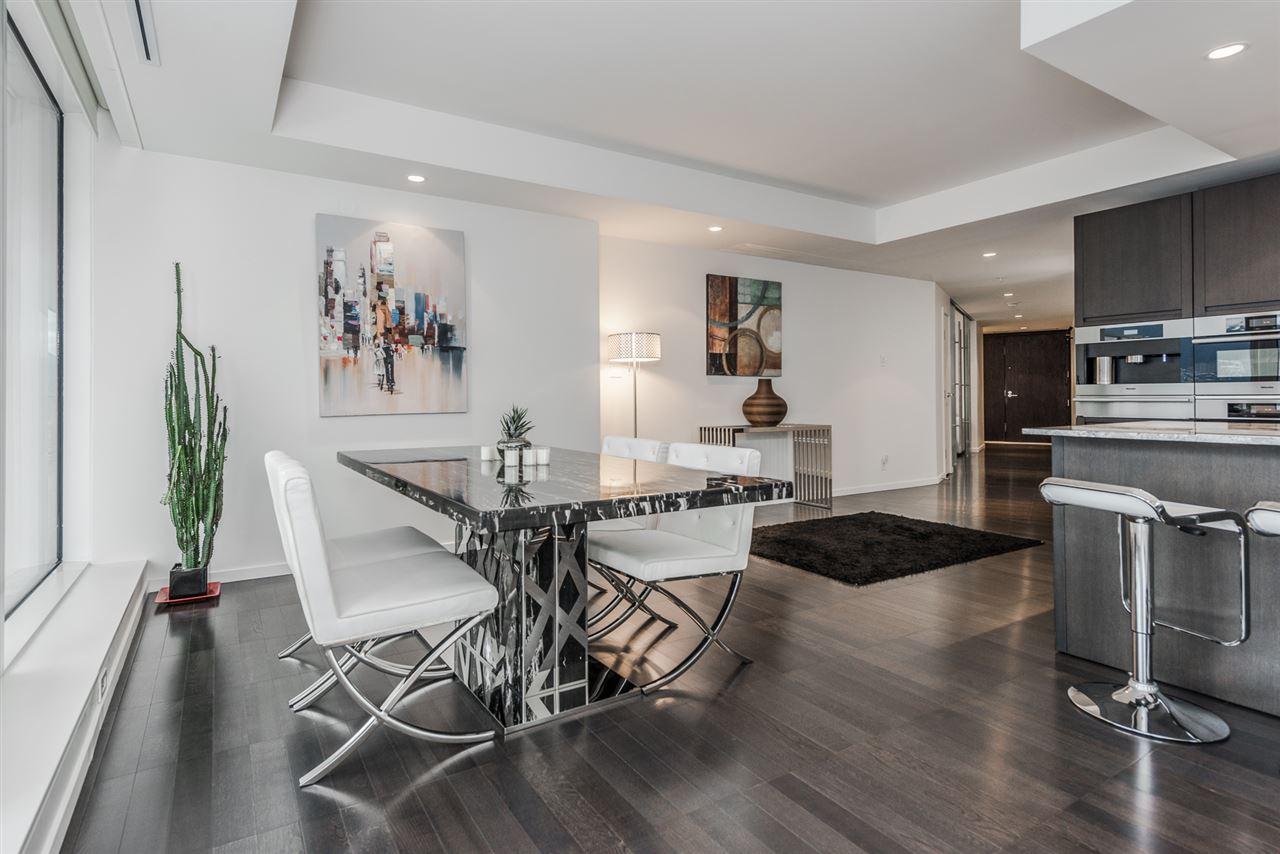 Condo Apartment at 3007 1011 W CORDOVA STREET, Unit 3007, Vancouver West, British Columbia. Image 4