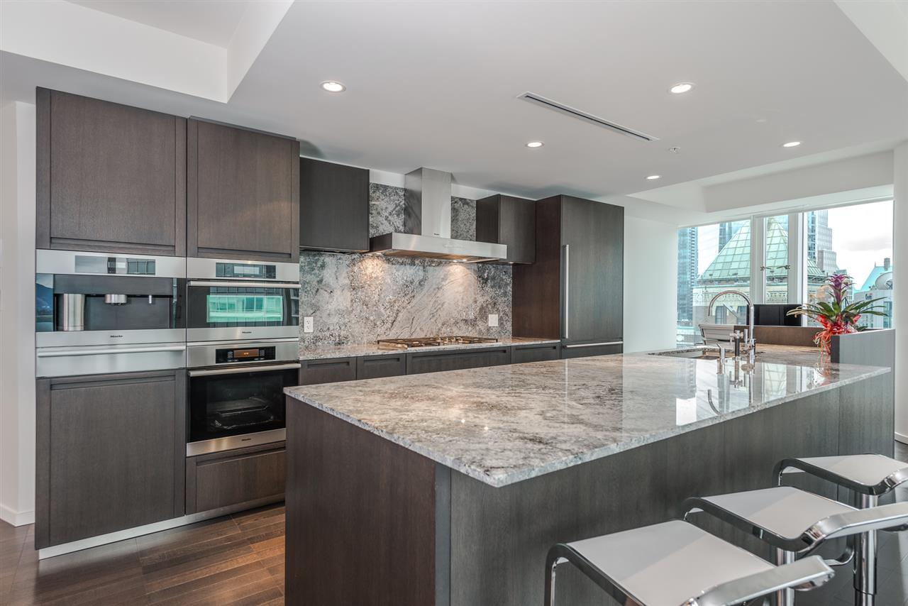Condo Apartment at 3007 1011 W CORDOVA STREET, Unit 3007, Vancouver West, British Columbia. Image 6