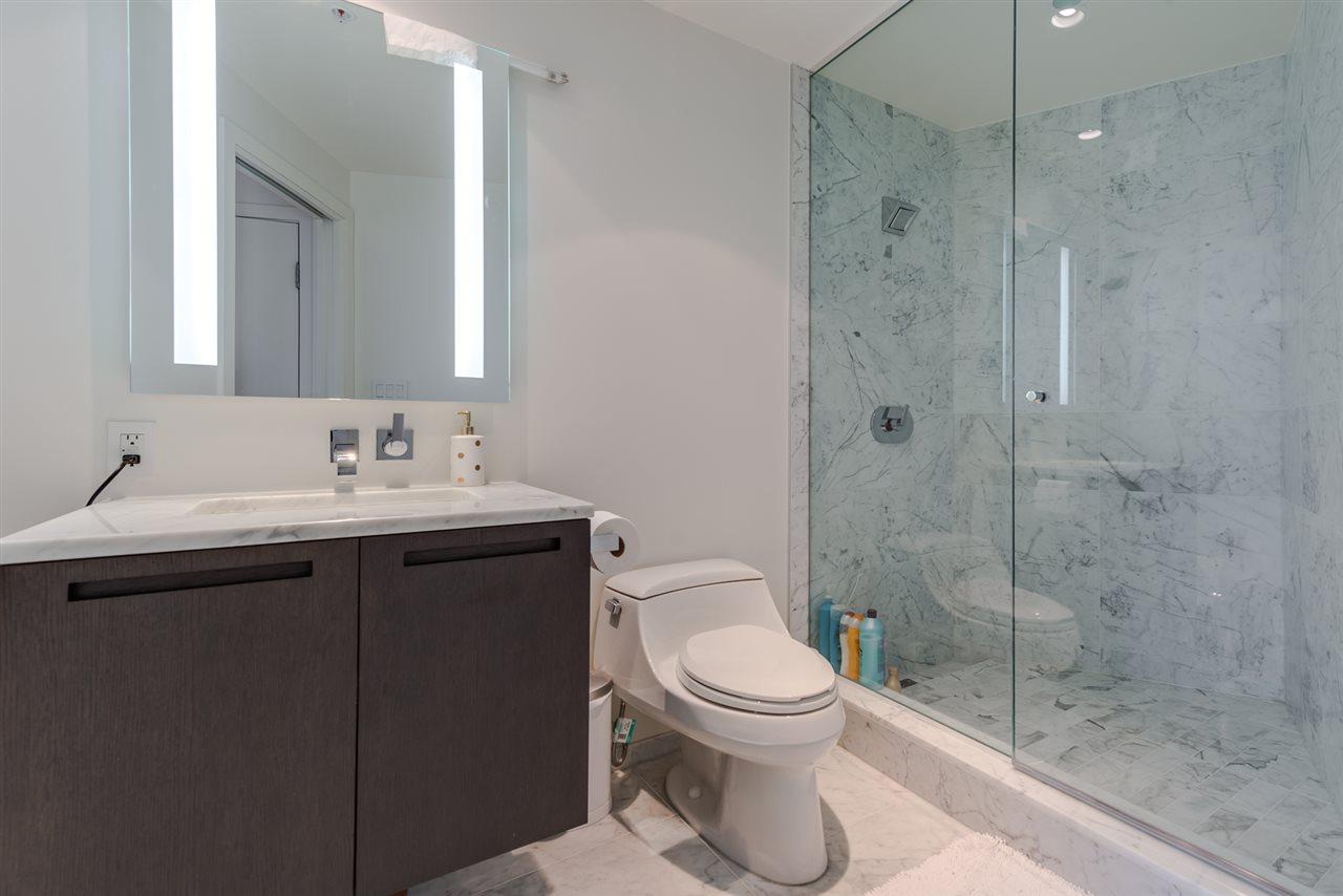 Condo Apartment at 3007 1011 W CORDOVA STREET, Unit 3007, Vancouver West, British Columbia. Image 15