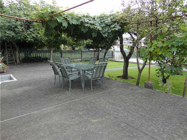 Detached at 4540 PARKER STREET, Burnaby North, British Columbia. Image 10