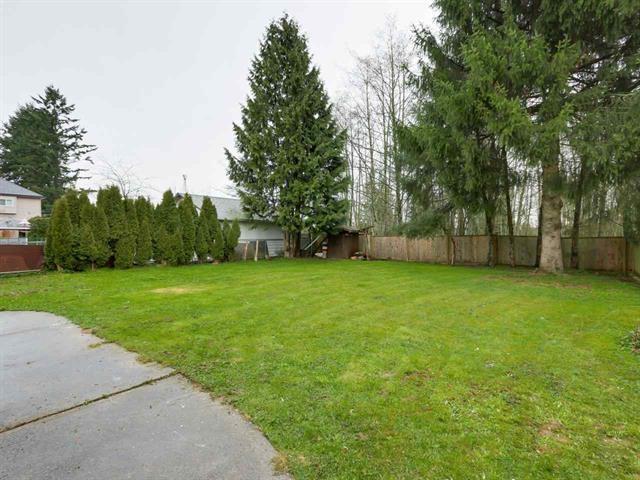 Detached at 8186 164 STREET, Surrey, British Columbia. Image 10