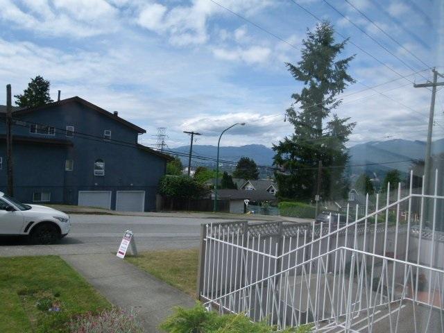 Condo Apartment at 101 550 N ESMOND AVENUE, Unit 101, Burnaby North, British Columbia. Image 3