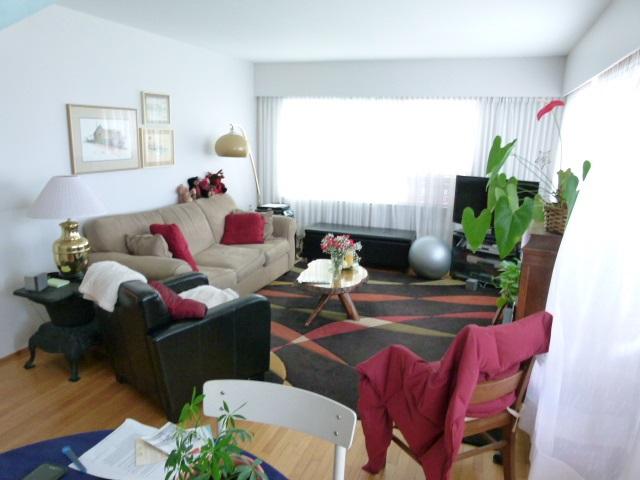 Condo Apartment at 101 550 N ESMOND AVENUE, Unit 101, Burnaby North, British Columbia. Image 10