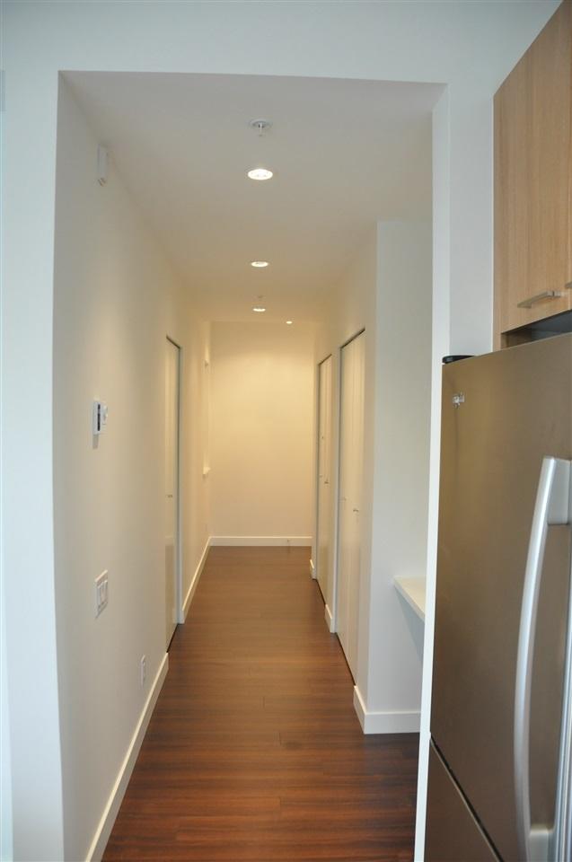 Condo Apartment at 201 555 FOSTER AVENUE, Unit 201, Coquitlam, British Columbia. Image 6