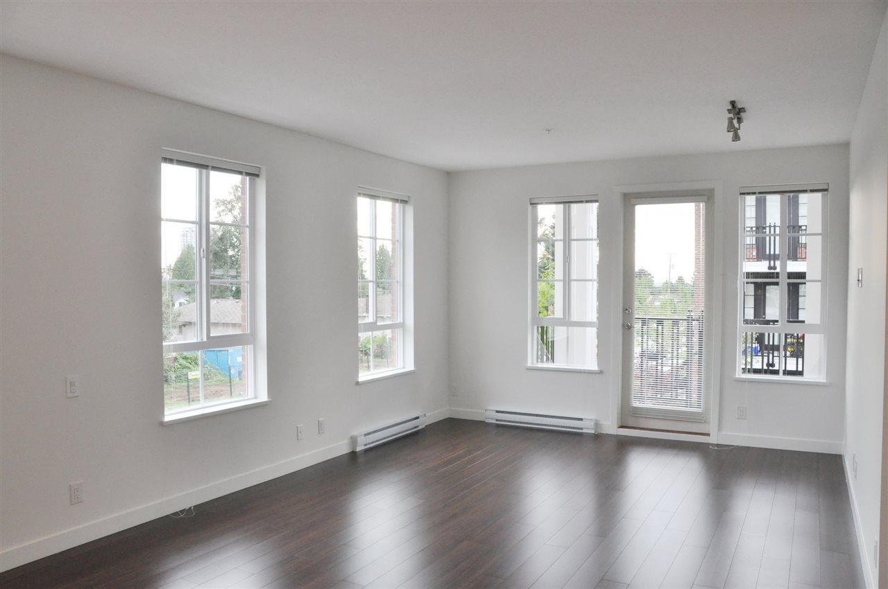 Condo Apartment at 201 555 FOSTER AVENUE, Unit 201, Coquitlam, British Columbia. Image 9