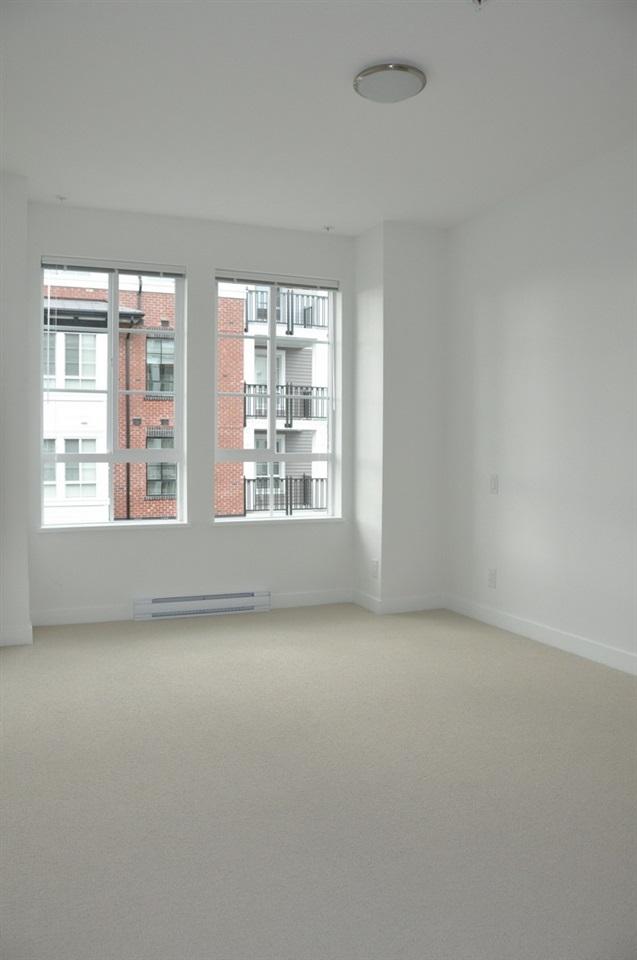 Condo Apartment at 201 555 FOSTER AVENUE, Unit 201, Coquitlam, British Columbia. Image 10