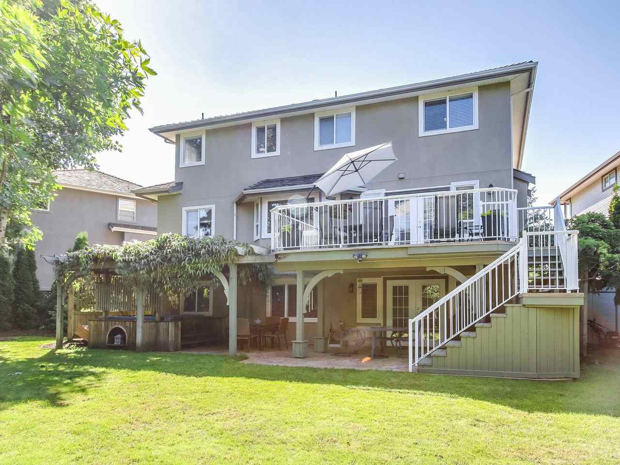Detached at 16196 14A AVENUE, South Surrey White Rock, British Columbia. Image 4