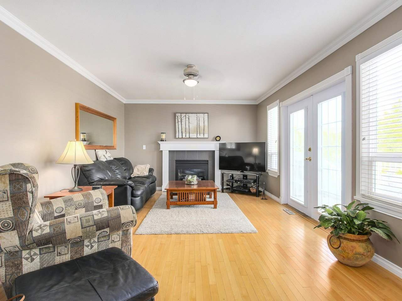 Detached at 16196 14A AVENUE, South Surrey White Rock, British Columbia. Image 12