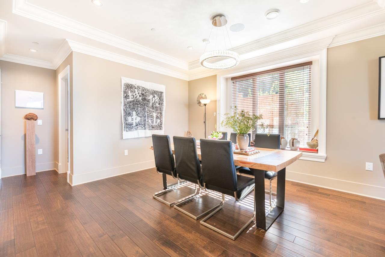 Detached at 2479 OTTAWA AVENUE, West Vancouver, British Columbia. Image 9