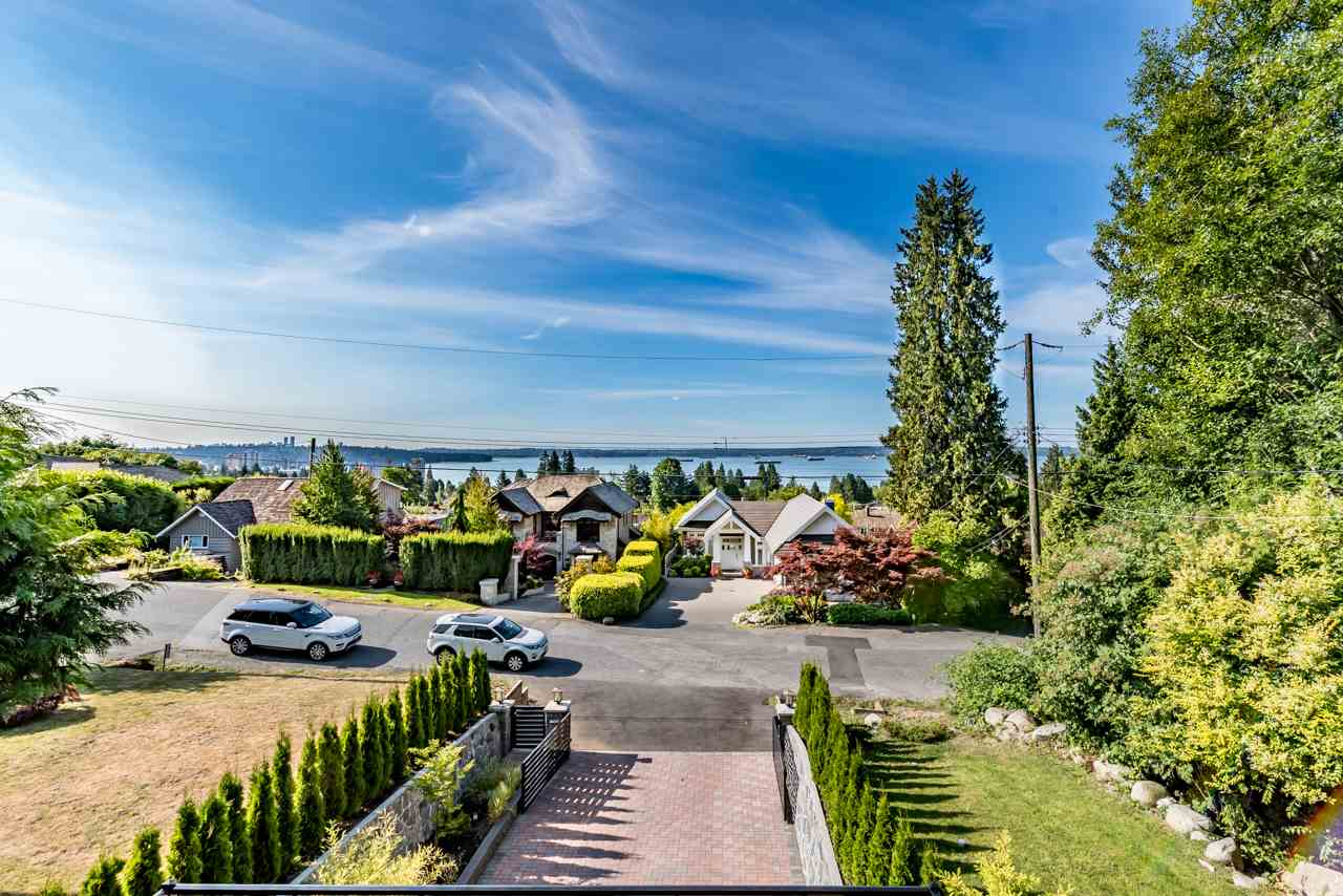 Detached at 2479 OTTAWA AVENUE, West Vancouver, British Columbia. Image 19