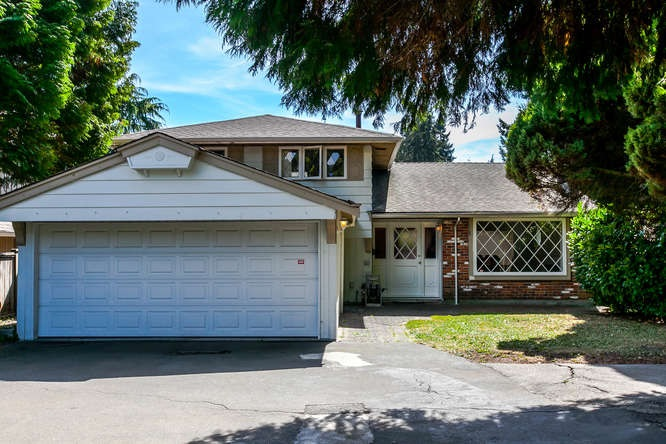 Detached at 1840 MATHERS AVENUE, West Vancouver, British Columbia. Image 1