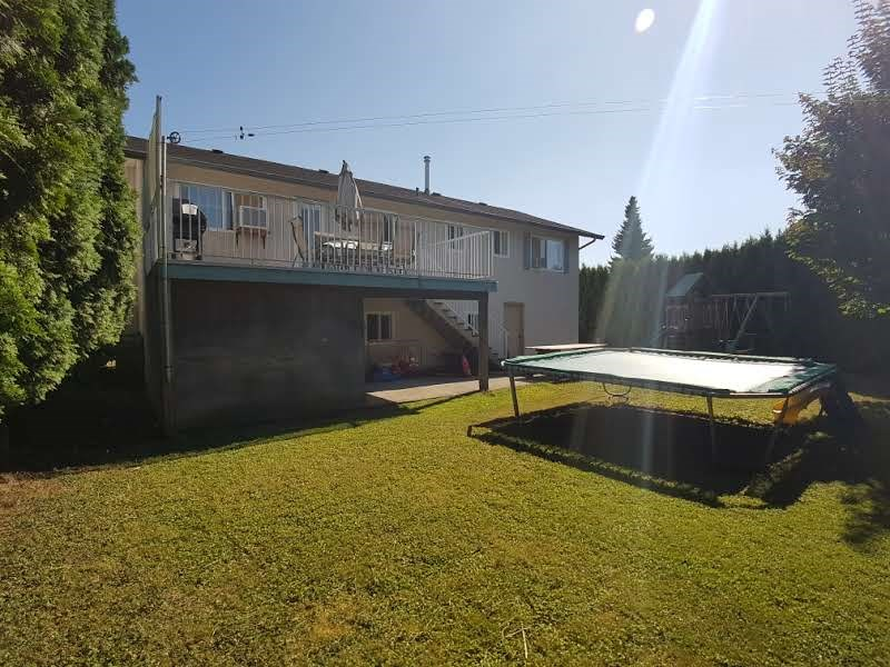 Detached at 45535 PERTH AVENUE, Sardis, British Columbia. Image 18