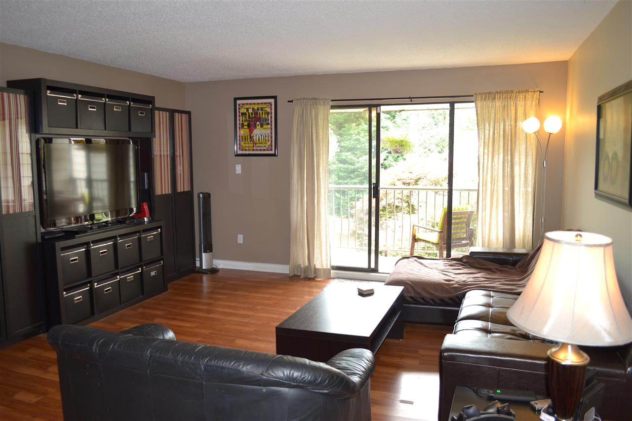 Condo Apartment at 309 7426 138TH STREET, Unit 309, Surrey, British Columbia. Image 2