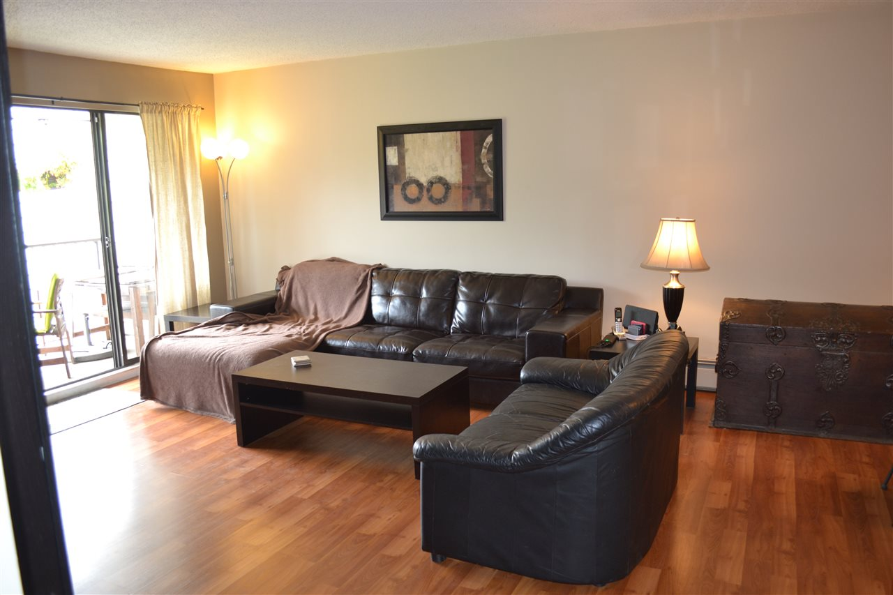 Condo Apartment at 309 7426 138TH STREET, Unit 309, Surrey, British Columbia. Image 3