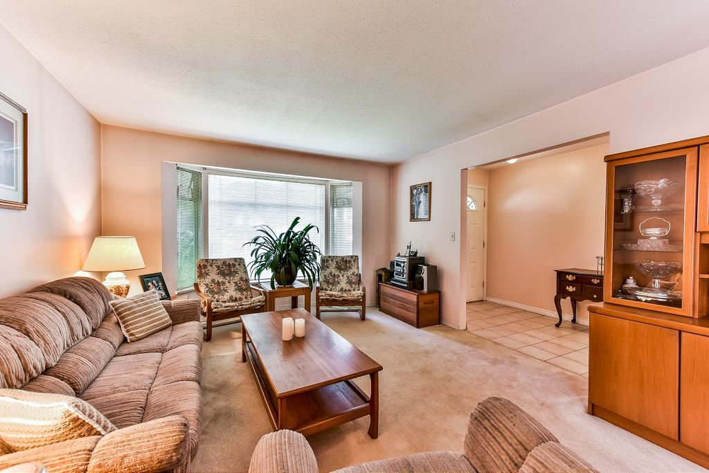 Detached at 4908 59A STREET, Ladner, British Columbia. Image 3
