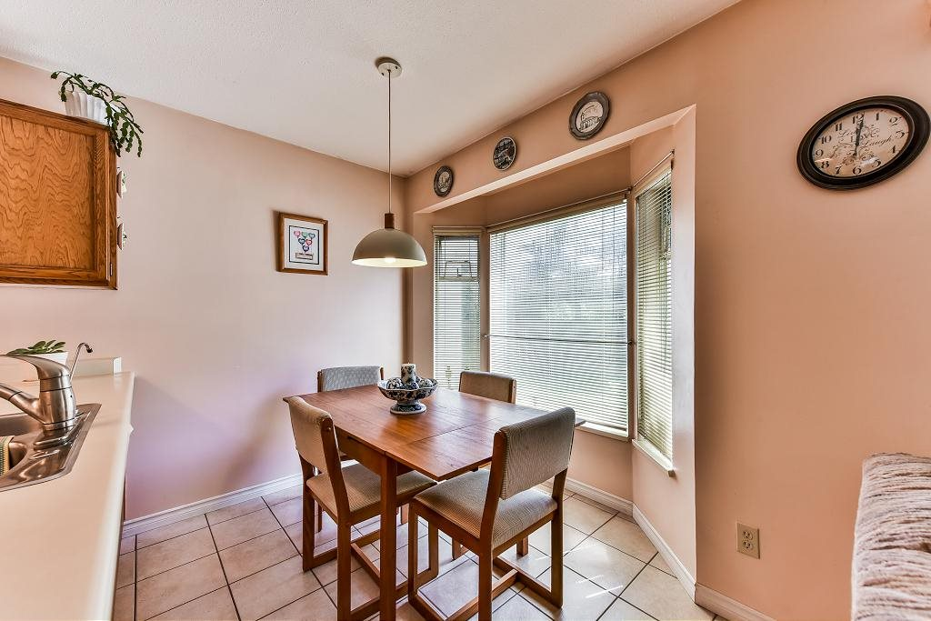 Detached at 4908 59A STREET, Ladner, British Columbia. Image 6