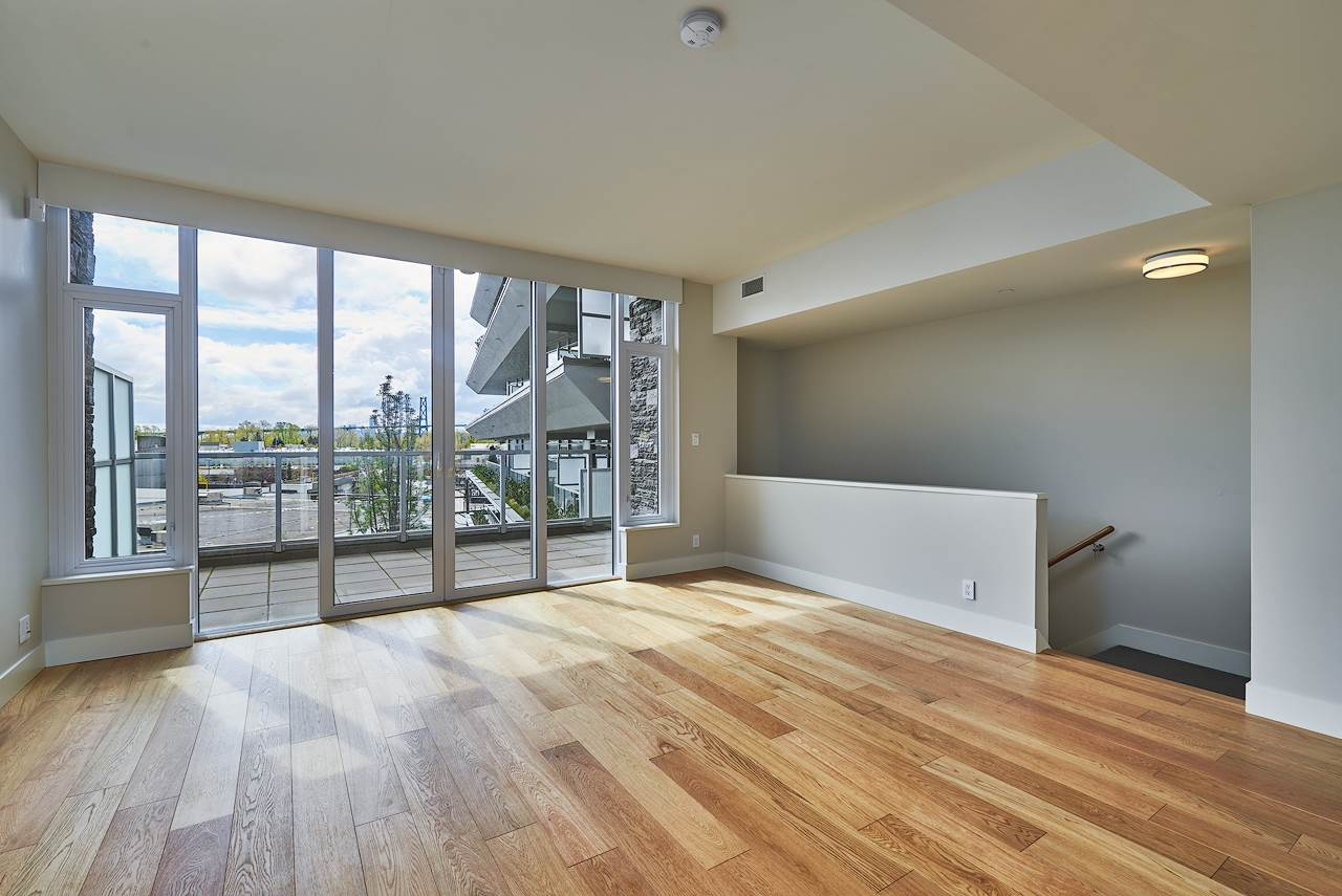 Townhouse at 886 ARTHUR ERICKSON PLACE, West Vancouver, British Columbia. Image 3