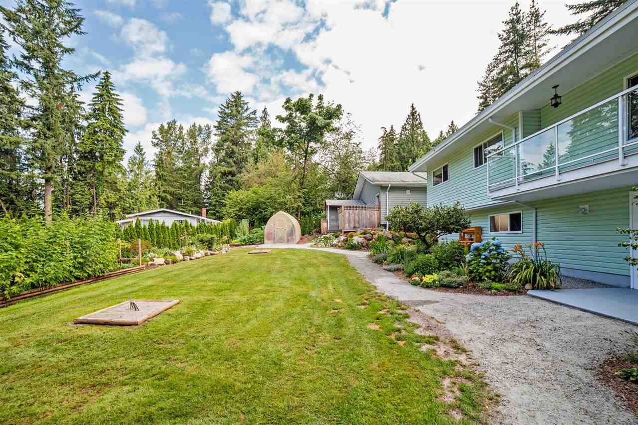 Detached at 29739 SILVERDALE AVENUE, Mission, British Columbia. Image 3