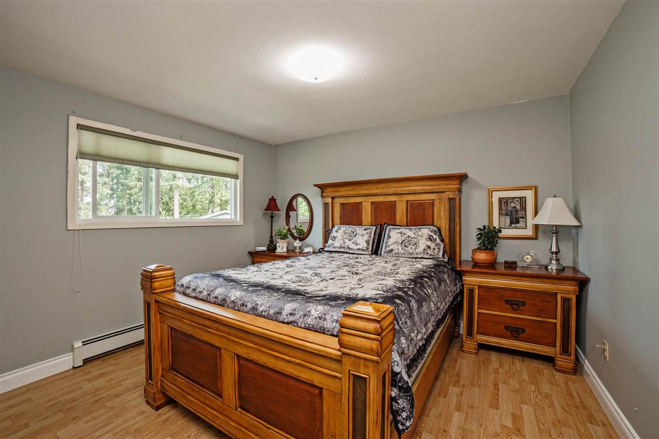 Detached at 29739 SILVERDALE AVENUE, Mission, British Columbia. Image 11