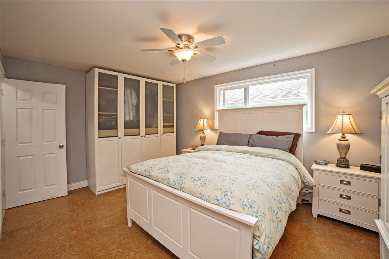 Detached at 29739 SILVERDALE AVENUE, Mission, British Columbia. Image 12