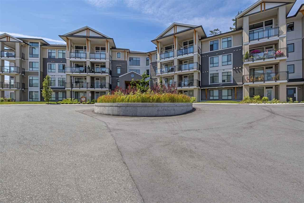 Condo Apartment at 407 45761 STEVENSON ROAD, Unit 407, Sardis, British Columbia. Image 1