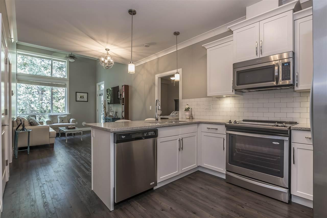 Condo Apartment at 407 45761 STEVENSON ROAD, Unit 407, Sardis, British Columbia. Image 3