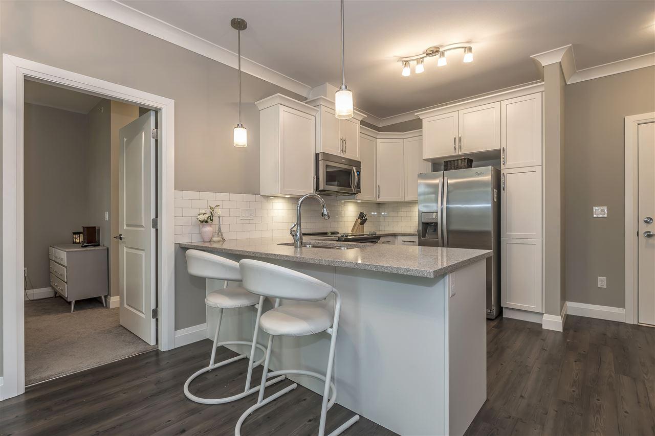 Condo Apartment at 407 45761 STEVENSON ROAD, Unit 407, Sardis, British Columbia. Image 4