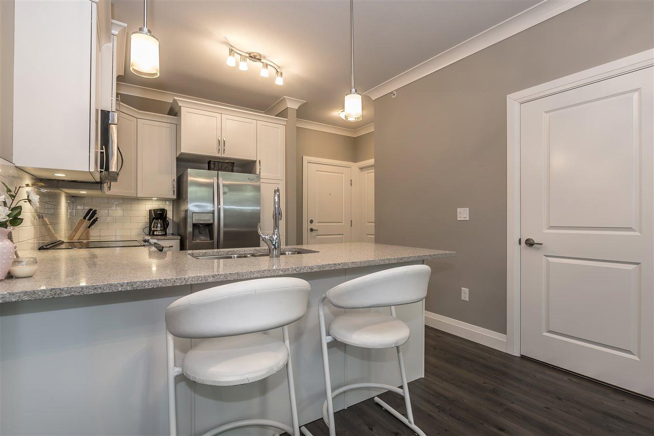 Condo Apartment at 407 45761 STEVENSON ROAD, Unit 407, Sardis, British Columbia. Image 5