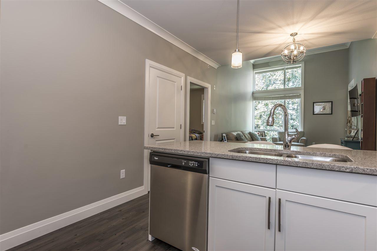 Condo Apartment at 407 45761 STEVENSON ROAD, Unit 407, Sardis, British Columbia. Image 8