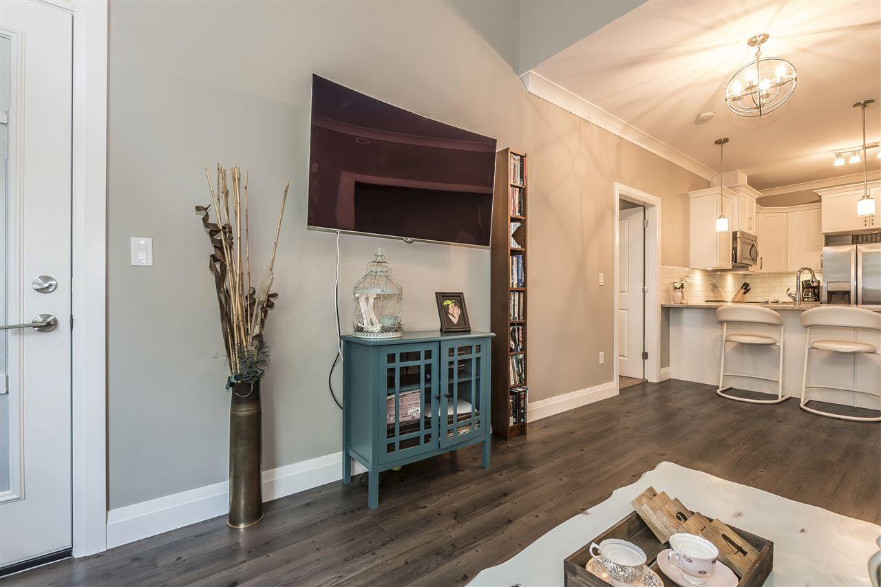 Condo Apartment at 407 45761 STEVENSON ROAD, Unit 407, Sardis, British Columbia. Image 11